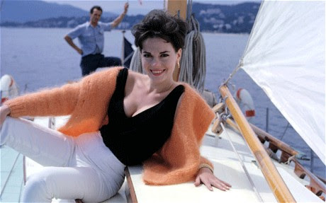 http://lisawallerrogers.files.wordpress.com/2011/11/natalie-wood-on-yacht.jpg