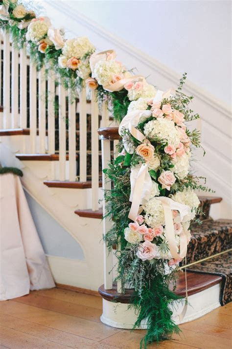 27 Greenery and Floral Garland Wedding Decoration Ideas
