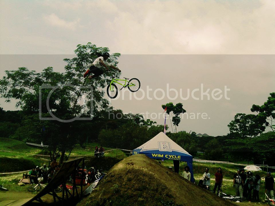 Endra Kulit - Tailwhip at Adrenalin Park Bukit Darmo Golf, Surabaya