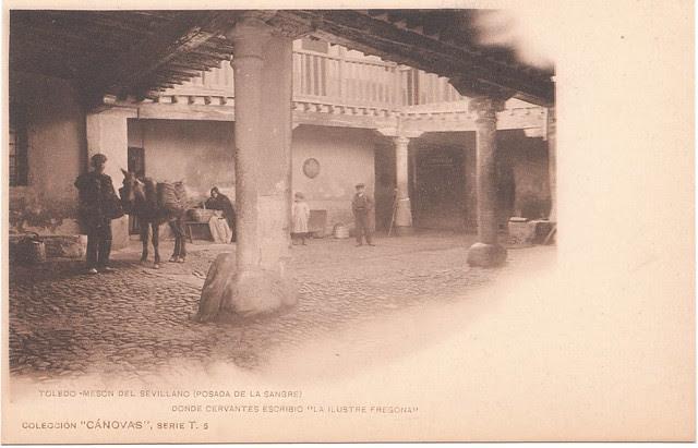 Patio de la Posada de la Sangre hacia 1900. Fotografía de Antonio Cánovas del Castillo (Káulak)