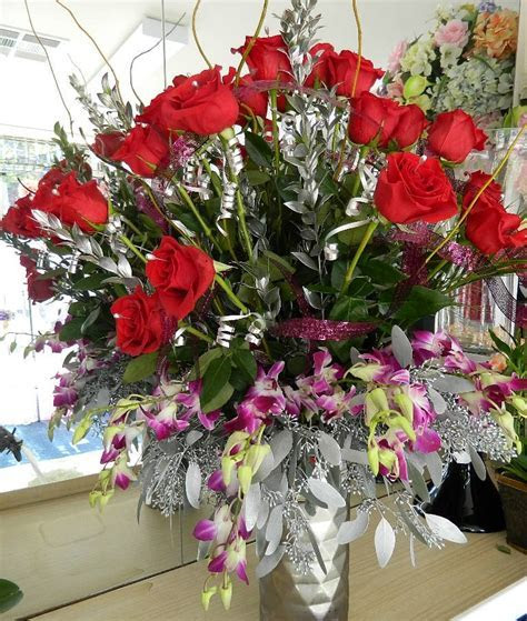 800ROSEBIG Wholesale Florist to the Public serving Newport