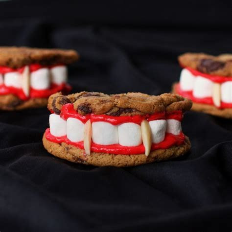 Halloween Chocolate Cookies Treat ? Cheap Easy Party Snack
