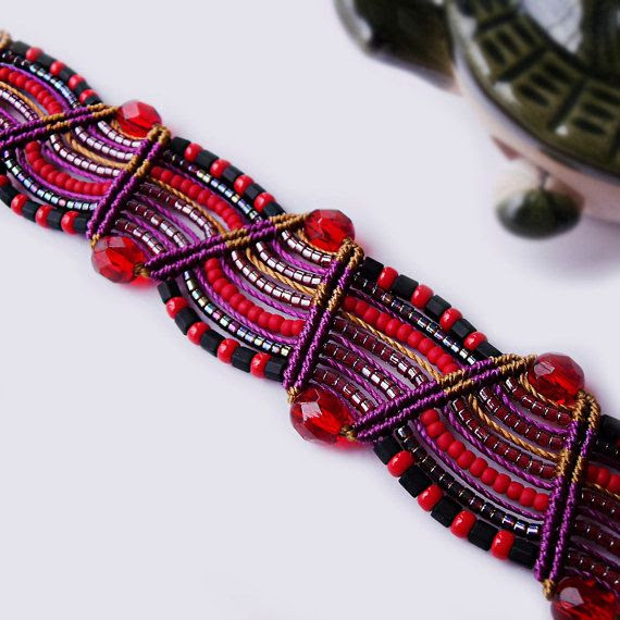 Beaded macrame bracelet - Festive China Red Black Purple via Etsy