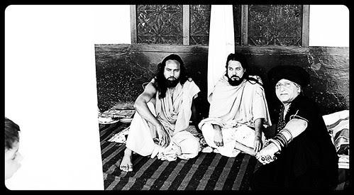 Documenting the Warsi Malangs and Dewa Sharif by firoze shakir photographerno1