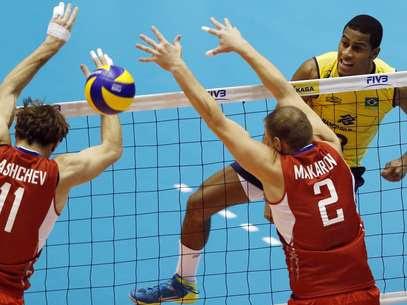 Rússia venceu o Brasil pela quarta vez seguida Foto: AP