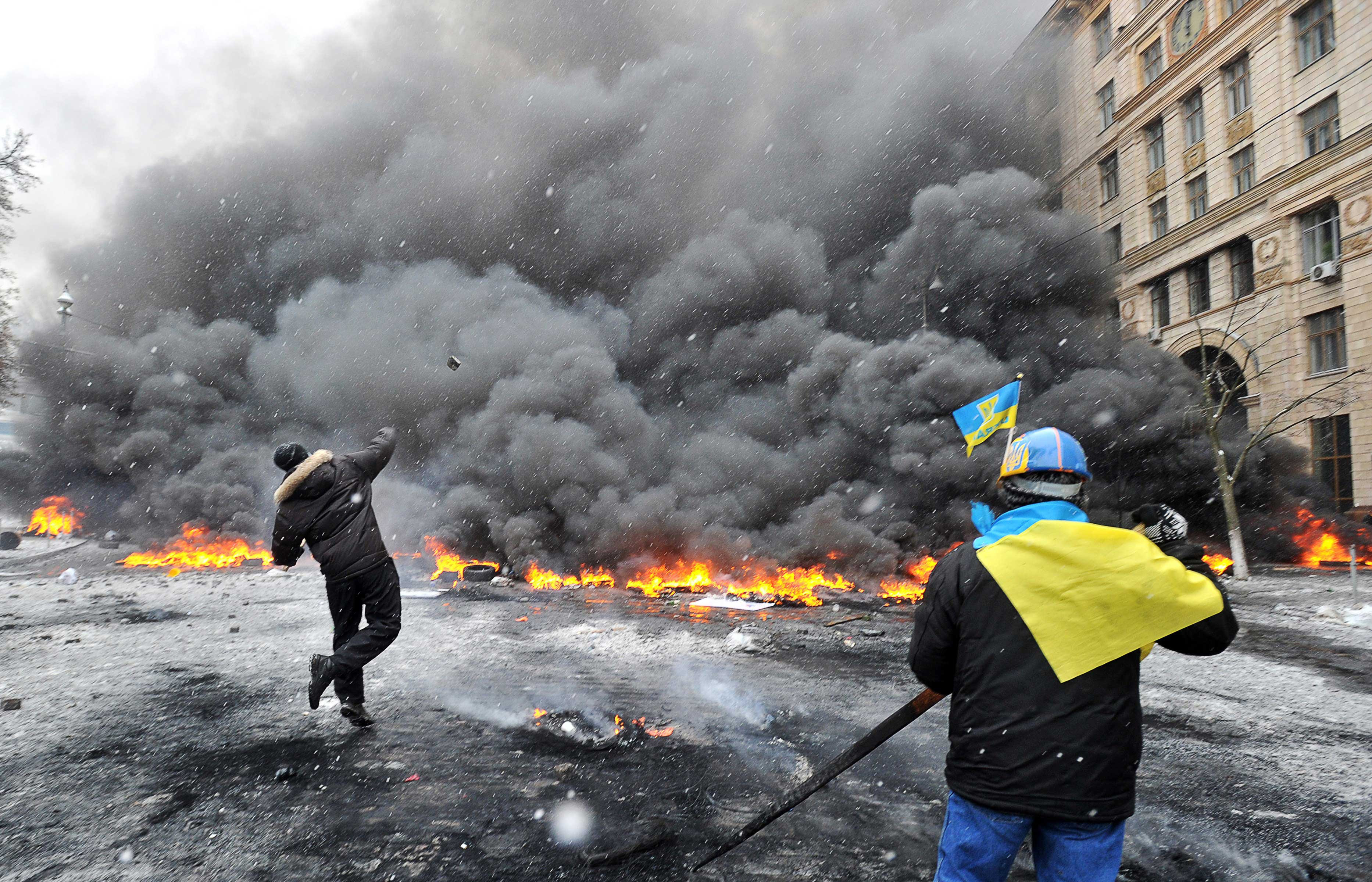 http://pixel.nymag.com/content/dam/daily/intelligencer/2014/01/22/ukraine-protests/22-ukraine-protests-05.jpg