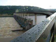 Rainy night at the Big Dam Bridge