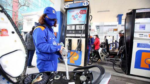 Đồng loạt giảm hơn 500 đồng/lít xăng dầu