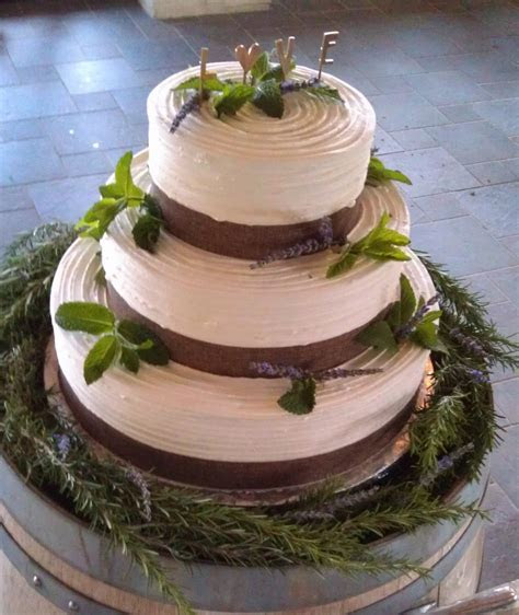 Cakes By Happy Eatery » Woodsy