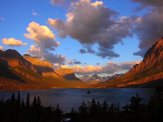 IMG_1865 St. Mary Lake at Sunrise, Glacier National Park