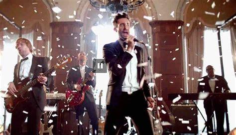 "Adam Levine & Maroon 5 Crashed Real Weddings for ""Sugar"