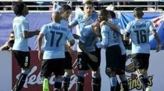 Uruguai abriu o placar diante do Paraguai neste sábado