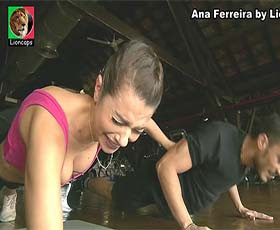 Ana Ferreira sensual em vários momentos