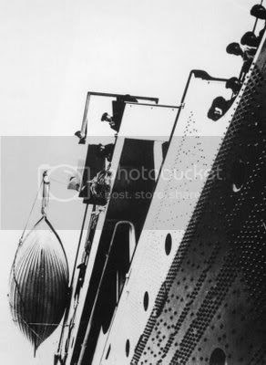 http://i405.photobucket.com/albums/pp137/maswas/Old_Titanic_20.jpg