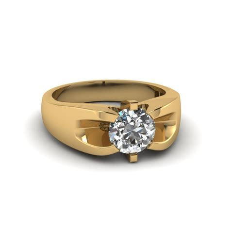 Solitaire Princess Cut Diamond Engagement Ring In 14K