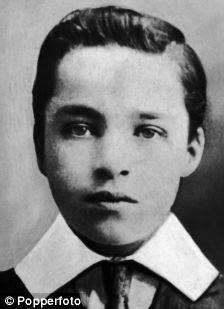 Charlie Chaplin (1889 - 1977) as a boy, 1901 (left)
