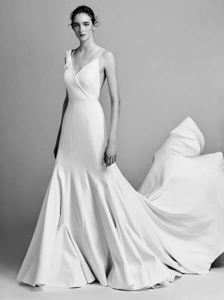 Mon Amie Bridal Salon   Costa Mesa, CA Wedding Dress