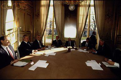 Milosevic-Mitterrand.jpg