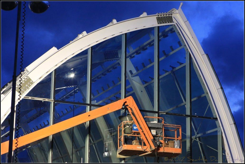Chihuly Garden & Glass Nearing Completion