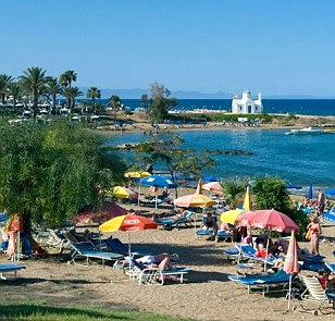 'Romanian' child-snatchers are caught trying to kidnap British children at Cyprus hotel by