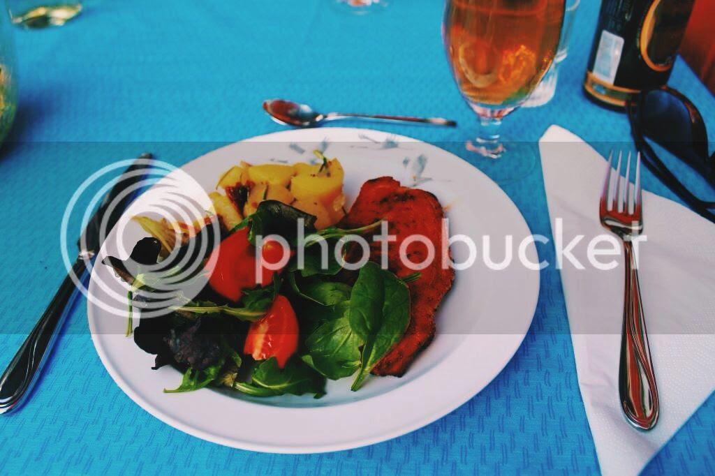 photo 2C08616D-0002-4EE3-AE1B-3DFDB8E806E7.jpg