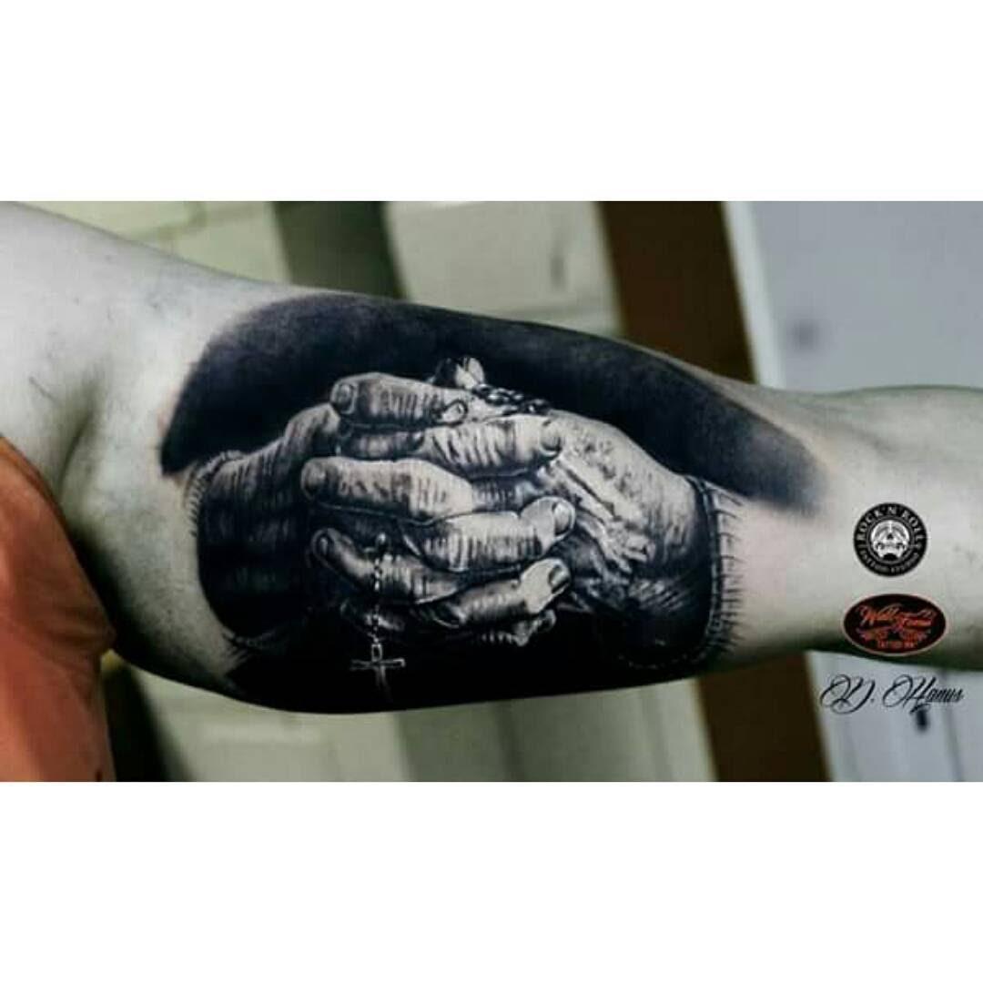 Praying Hands Tattoo Best Tattoo Ideas Gallery