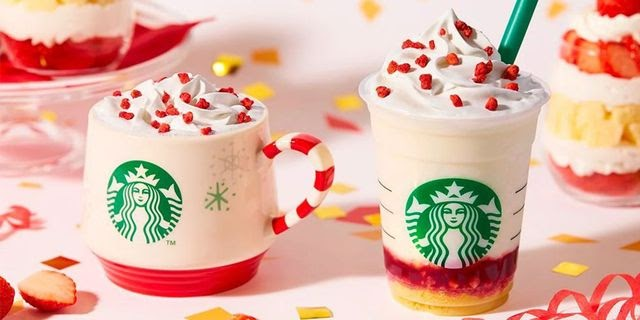 Starbucks' New Merry Strawberry Cake Frappuccino Is Putting Us In The Holiday Spirit