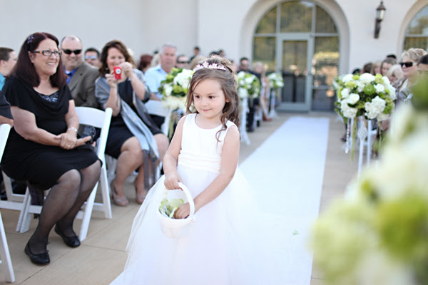 How Old Are Flower Girls? - EverAfterGuide
