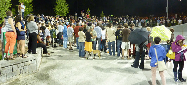 P1080429-2012-05-12-gloATL-search-for-exceptional-O4W-skatepark-at-184-spectators-in-this-picture