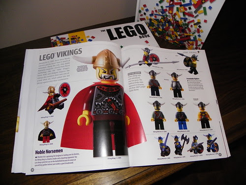 The LEGO BOOK (12)