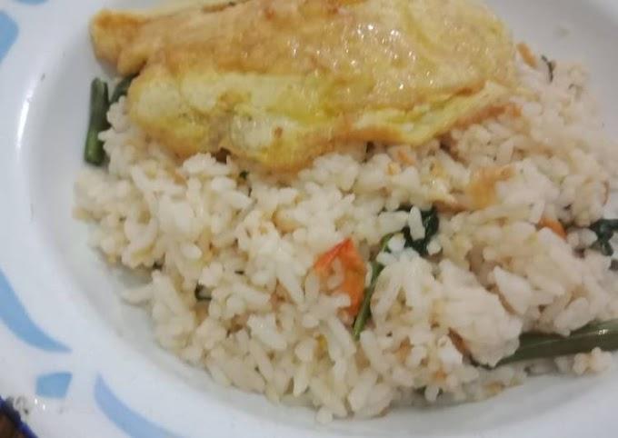 Resep Nasi goreng kangkung ebi Yang Enak