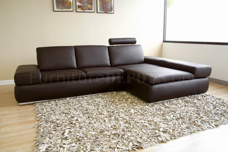 Modern Leather Sectional Sofa with Removable Headrest