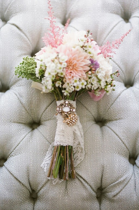 Simple chic and perfect for rustic weddings