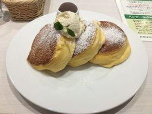 幸せのパンケーキ01.JPG
