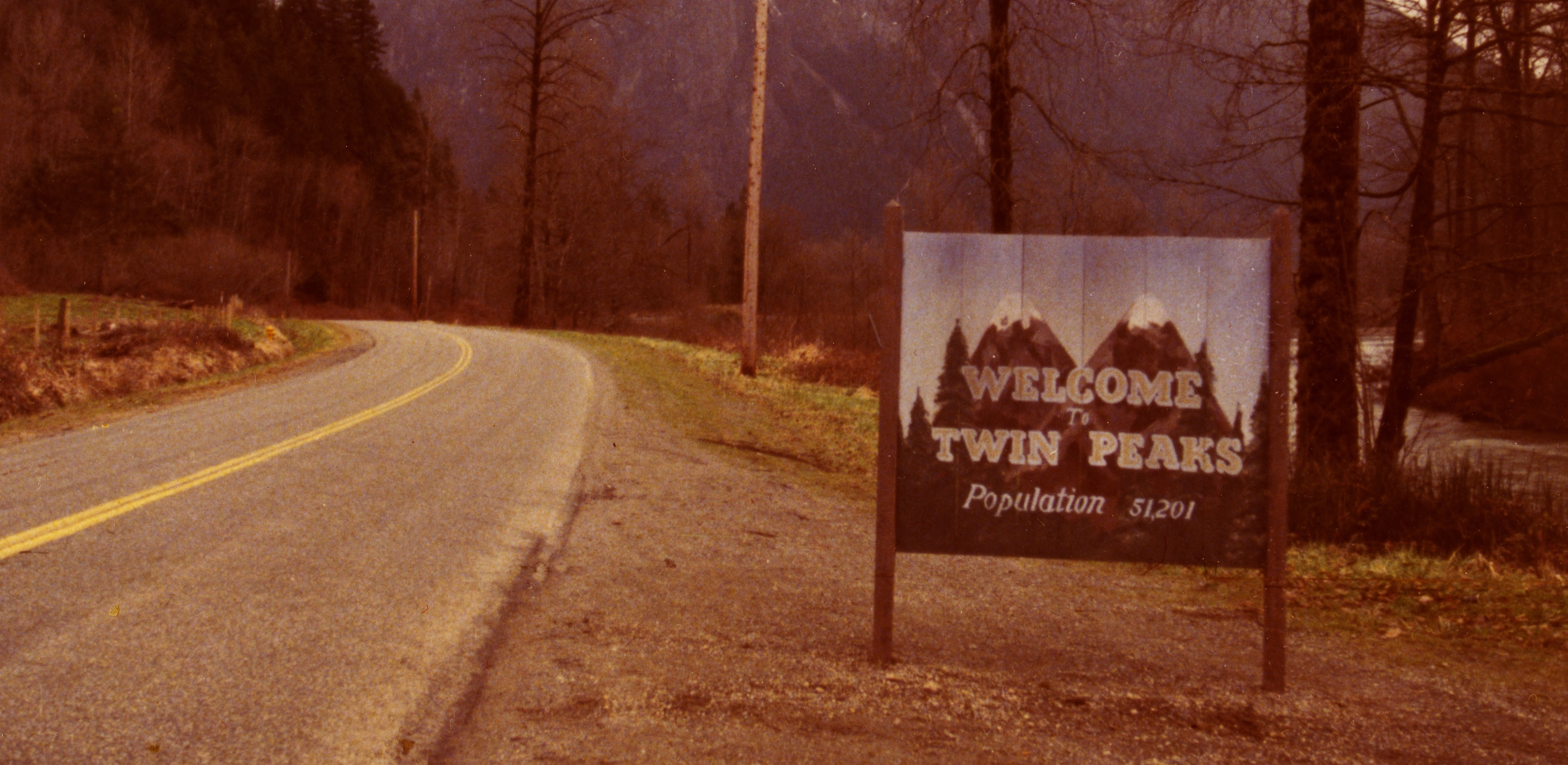 Twin Peaks Set To Return In 2016 With New Episodes On Showtime