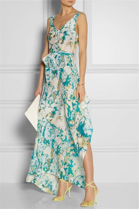 What to Wear to a Daytime Summer Wedding   Lauren Messiah