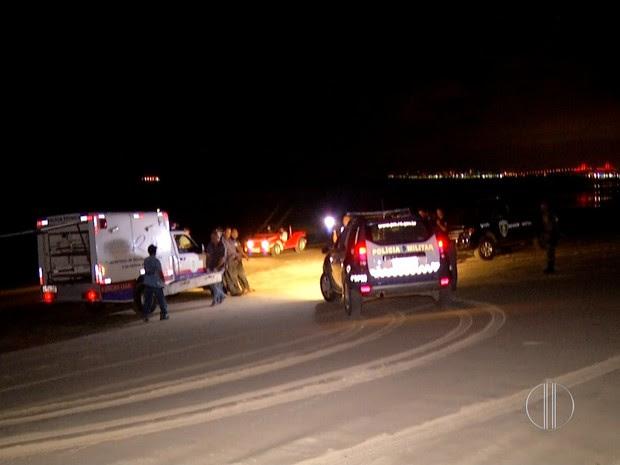 Corpo foi encontrado no início da noite desta segunda-feira (8) na praia de Santa Rita, no litoral Norte do RN (Foto: Reprodução/Inter TV Cabugi)
