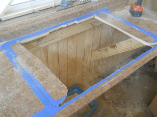 Kitchen Sink Main Cutout