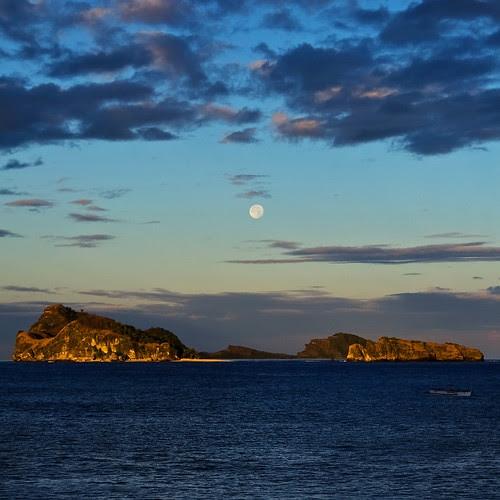 Moon over Capones