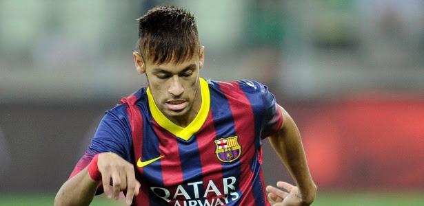 Vestindo a camisa 11, assim como no Santos, Neymar estreou pelo Barcelona