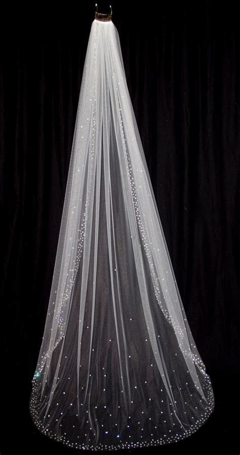 Bridal Veil with Crystal Edge and Scattered Crystals by