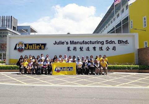 Gratis ke Malaysia Bareng Biskuit Julie's