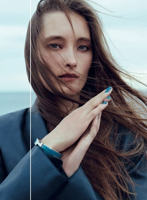 LE FASHION BLOG NAIL INSPIRATION THINKING BLUE D LA REPUBBLICA EDITORIAL Model: Iekeliene Stange Photographer: Stefano Galuzzi Stylist: Stephane Gaudrie Hair: Gabriele Trezzi Make-up: Giorgia Pambianchi BEAUTY LONG HAIR 2 photo LEFASHIONBLOGNAILINSPIRATIONTHINKINGBLUE2.jpg