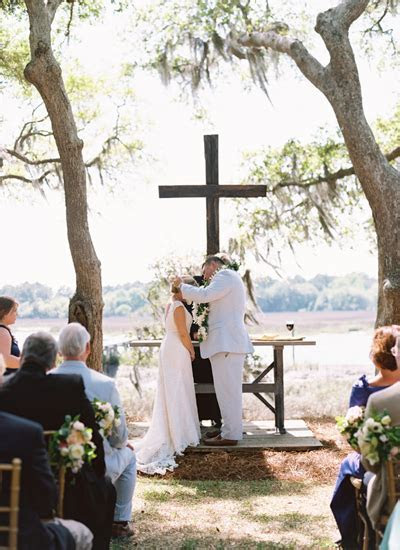 southern wedding lei ceremony