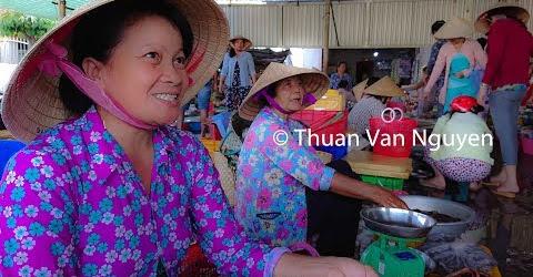 Vietnam || Cau Ngang Rural Market || Tra Vinh Province