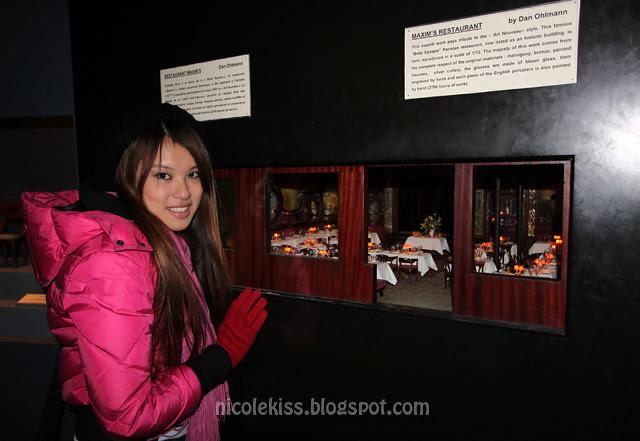 nicolekiss and mini maxim's restaurant