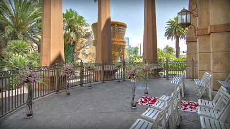 Las Vegas Wedding Venues   Mandalay Bay   wedding   Vegas