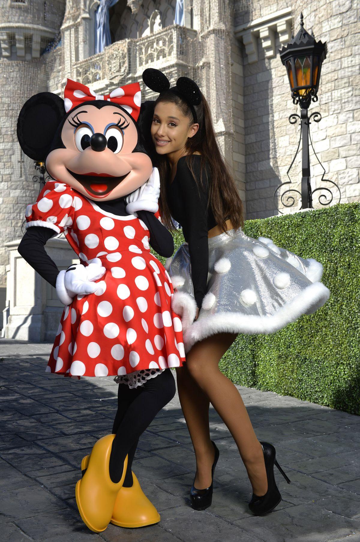 ARIANA GRANDE at Christmas Day Parade at Walt Disney World on Orlando 11/12/2015