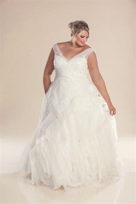 Designer plus size wedding dresses Hollywood   Bridal