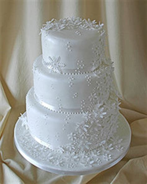 Snowflake Wedding Cake   Perfect For A Winter Or Holiday